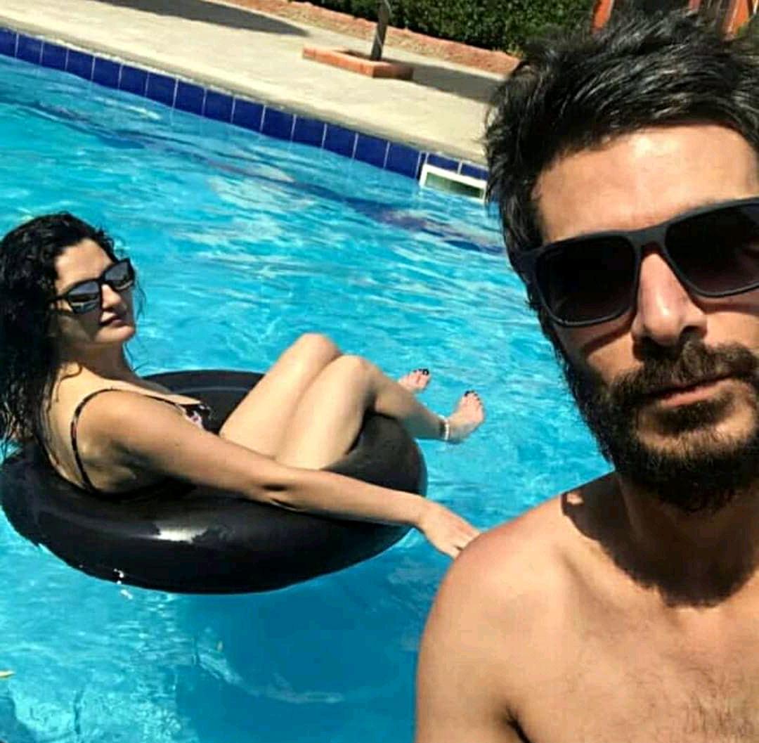 كنان العشعوش مع زوجته